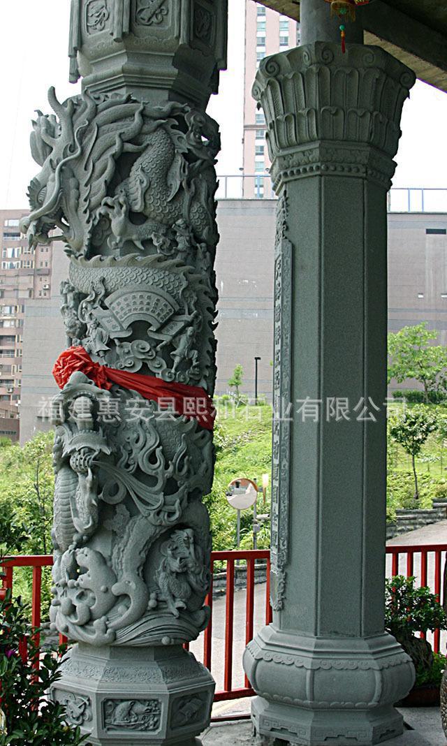 5米高花岗岩雕刻石雕龙柱子 莲花底座 祥龙缠绕 有飞龙在天之