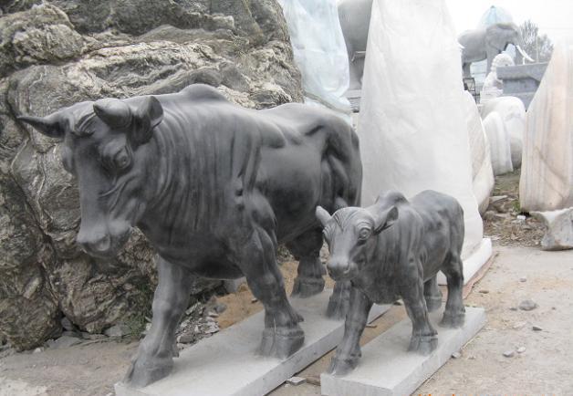 石雕牛股市牛石雕金木水火土五行牛猛牛劲牛拓荒牛华尔街牛幸运牛