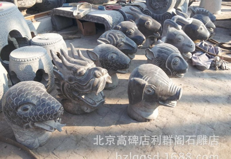 厂家批发各种园林装饰石雕十二生肖摆件狮子拴马桩貔貅石柱拴马桩
