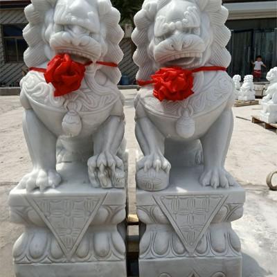 汉白玉石刻狮子厂家直销石雕狮子出