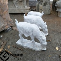 草坪山羊石雕公园庭院摆放石头小羊石雕厂家
